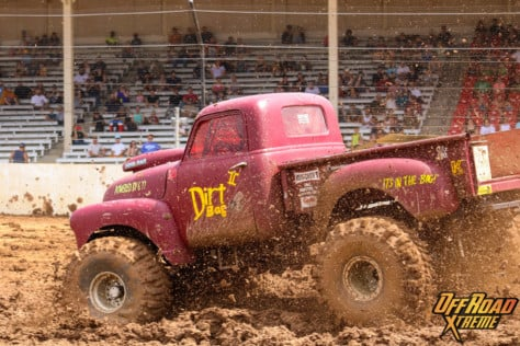 bloomsburg-4-wheel-jamboree-fueled-by-hundreds-of-truck-enthusiast-2021-07-30_13-27-38_658681