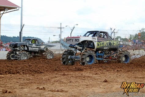 bloomsburg-4-wheel-jamboree-fueled-by-hundreds-of-truck-enthusiast-2021-07-30_13-28-42_230936