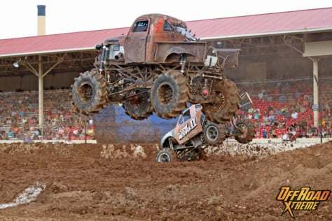 bloomsburg-4-wheel-jamboree-fueled-by-hundreds-of-truck-enthusiast-2021-07-30_13-29-18_999869