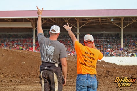 bloomsburg-4-wheel-jamboree-fueled-by-hundreds-of-truck-enthusiast-2021-07-30_13-29-53_325496